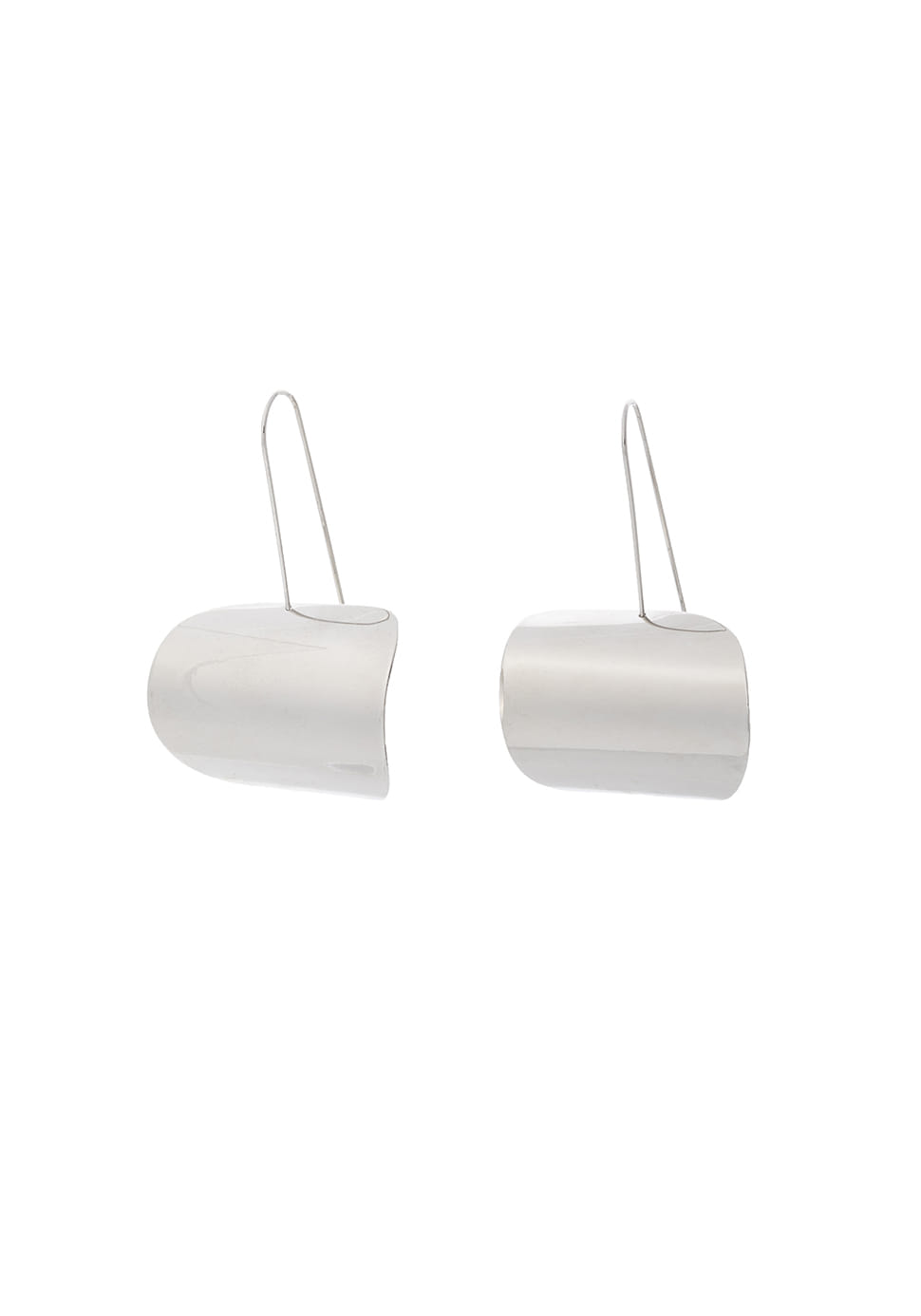 Shield Shape Earring (silver)